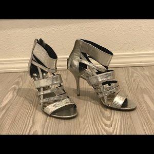 Silver dress shoe